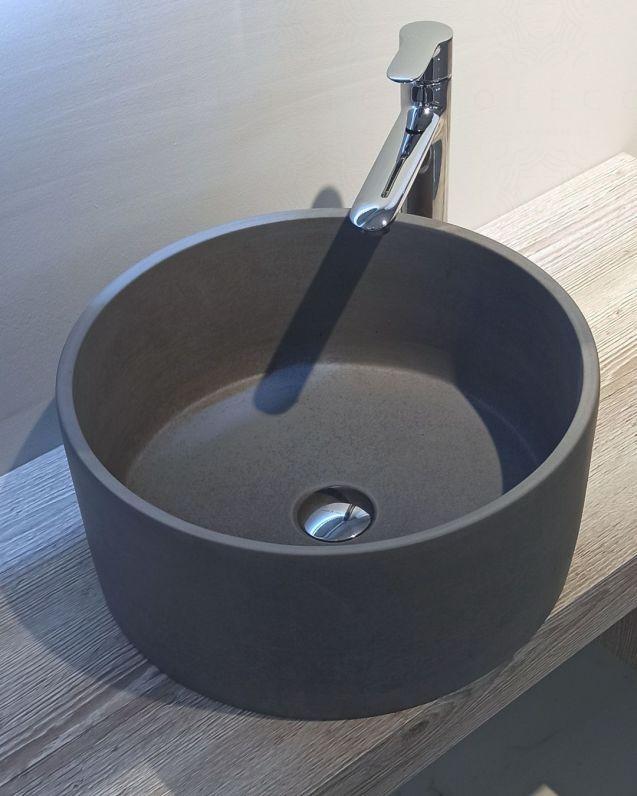 Lavabo di appoggio rotondo in cemento lucidato, cm.40