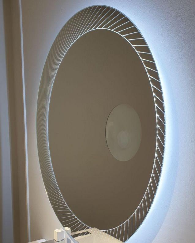 Specchio led con ingranditore, cm.100x100